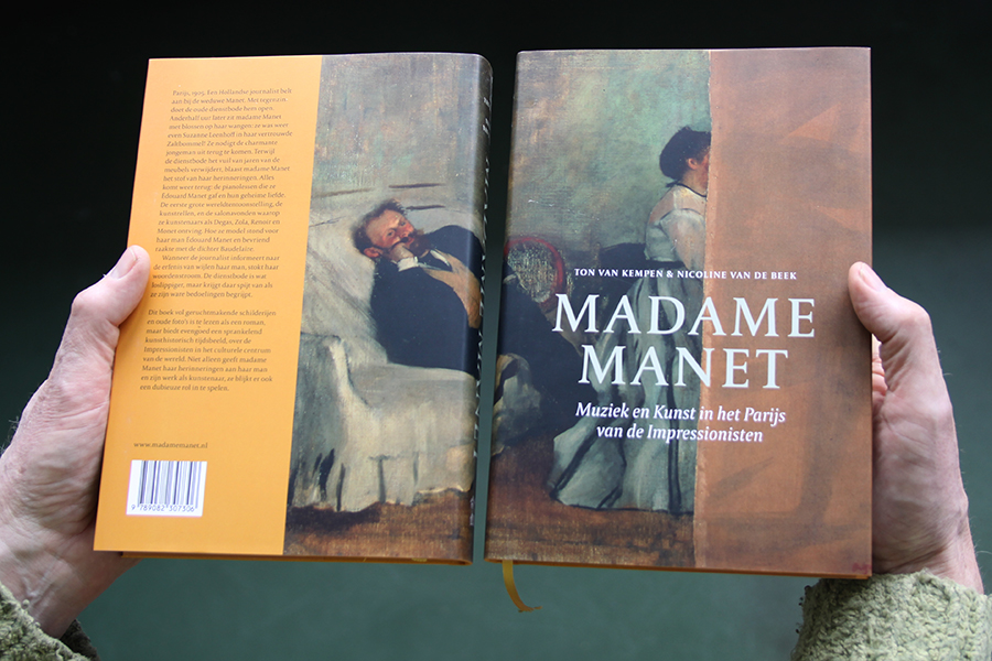 Het schilderij van Degas 'Édouard et Suzanne Manet' speelt een beslissende rol in het boek Madame Manet, Muziek en Kunst in het Parijs van de Impressionisten